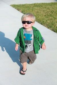babies should wear sunglasses