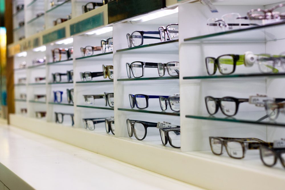 top six reasons you should own more than one pair of eyeglasses